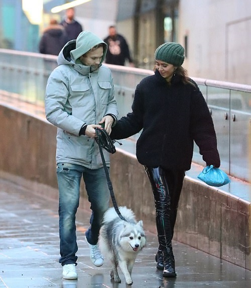 daley blind walks dog 2